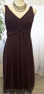 David's Bridal plum dress v-neck size 4 F16007